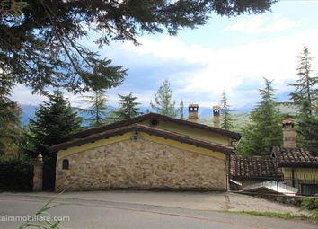 Thumbnail 3 bed farmhouse for sale in Sp491, Tossicia, Abruzzo