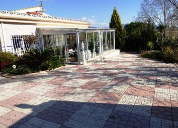 Thumbnail 5 bed property for sale in Alicante, Spain