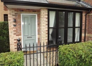 Thumbnail 2 bed flat to rent in Oak Lawn, Macclesfield Road, Wilmslow