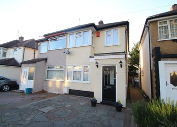 Thumbnail 3 bed property to rent in Calbourne Avenue, Hornchurch