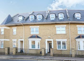 Thumbnail 2 bedroom flat for sale in Park Road, Westcliff-On-Sea