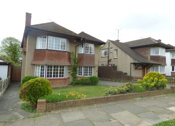 Thumbnail 4 bed detached house to rent in Buxton Avenue, Leigh-On-Sea