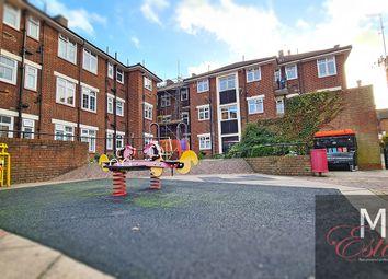 Thumbnail 3 bed flat to rent in Garret Lane, London