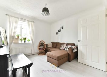 Station Approach, Ewell KT17. 1 bed flat to rent