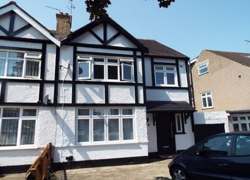 Thumbnail 3 bed property to rent in 14 Derwent Avenue, Mill Hill, London