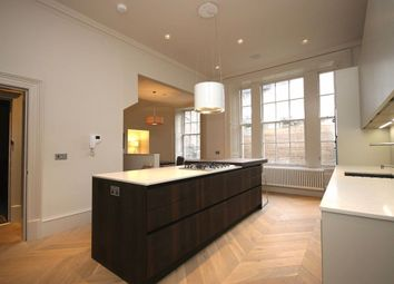 Thumbnail 4 bed flat to rent in Queen Street, New Town, Edinburgh