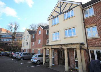 1 bed flat to rent in St. James Road, East Grinstead RH19