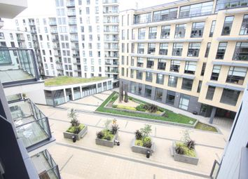 1 bed flat to rent in New Central, Woking, Surrey GU22