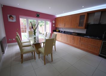 Thumbnail 5 bedroom terraced house for sale in Boyes Crescent, Napsbury Park
