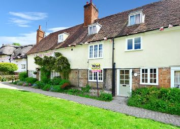 Thumbnail 1 bed cottage to rent in High Street, Yalding, Maidstone