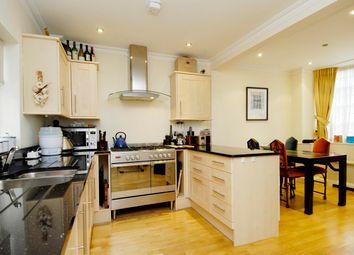 Thumbnail 3 bed property to rent in Ladbroke Walk, London