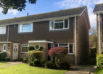 Thumbnail 2 bed property for sale in Skippons Close, Newbury