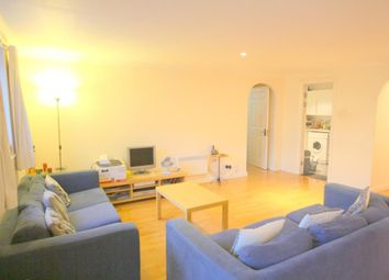 Thumbnail 1 bed flat to rent in Meridian Place, Marsh Wall, Canary Wharf, London