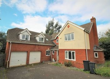 Thumbnail 6 bedroom detached house to rent in Field Rise, Swindon