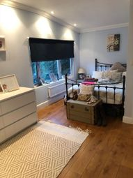 Thumbnail 1 bed flat to rent in Megg Lane, Chipperfield, Kings Langley