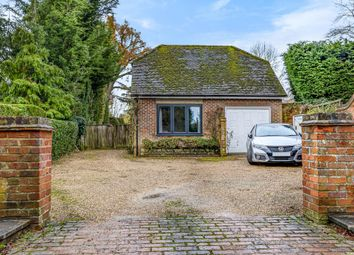 Thumbnail 1 bed cottage to rent in Windsor, Berkshire