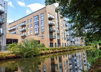 Thumbnail 2 bed flat for sale in Grover House, Nash Mills Wharf, Hemel Hempstead, Herts