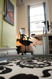 Serviced office to let in Pantiles Business Centre, Tunbridge Wells TN1