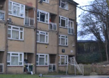 2 bed maisonette to rent in Upton Road London, County Of London SE18