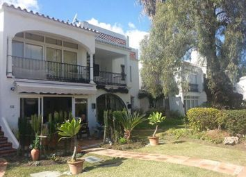 Thumbnail 2 bedroom apartment for sale in El Paraiso, Costa Del Sol, Andalusia, Spain