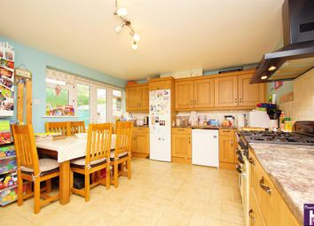 3 bed detached house for sale in Mayfield Close, Bishops Cleeve, Cheltenham GL52