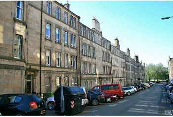 Thumbnail 2 bedroom flat to rent in Dean Park Street, Edinburgh