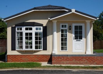 Thumbnail 2 bed property for sale in Commons Road, Whittlesey