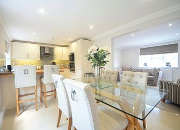 Thumbnail 2 bedroom flat for sale in Link Way, Bromley