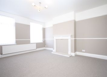 Thumbnail 2 bedroom flat to rent in Priory Road, Hull