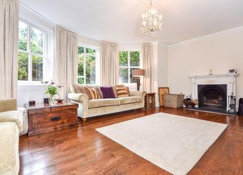 Thumbnail 3 bed flat to rent in Calverley Park Gardens, Tunbridge Wells