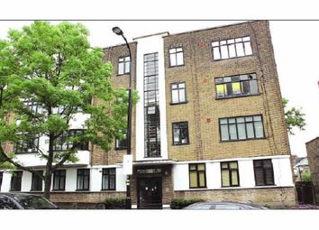 Thumbnail 3 bedroom flat to rent in Fortune Green Road, West Hampstead