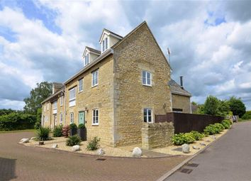 Thumbnail 4 bed barn conversion to rent in Wolsey Court, Woodstock