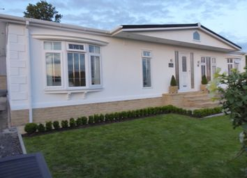 2 bed mobile/park home for sale in Leven Bank Road, Yarm, Cleveland TS15