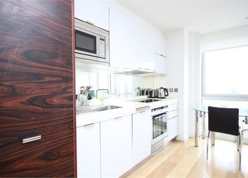 Thumbnail Studio to rent in Ontario Tower, 4 Fairmont Avenue, Canary Wharf, London, UK