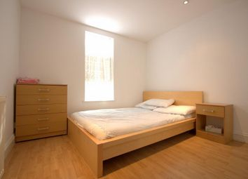 Thumbnail 1 bed flat to rent in St Johns Road, Battersea, London