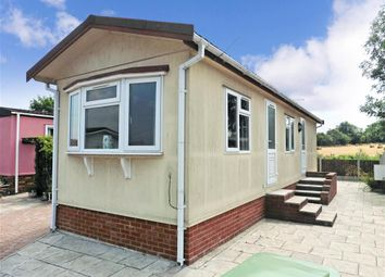 Thumbnail 1 bed mobile/park home for sale in London Road, Abridge, Essex