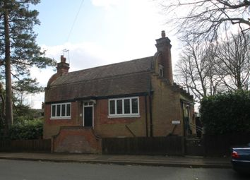Thumbnail 2 bed detached house to rent in Rockfield Road, Oxted