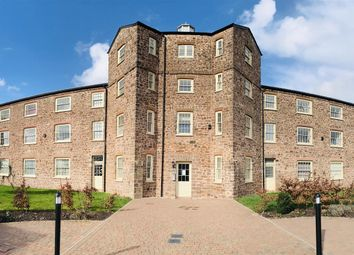Thumbnail 2 bedroom flat for sale in Perreyman Square, Tiverton