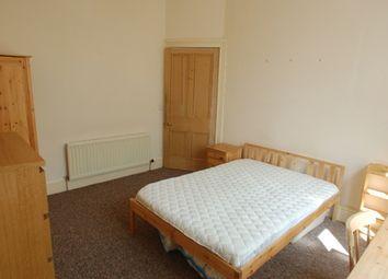 Thumbnail 3 bed flat to rent in Roseneath Terrace, Edinburgh