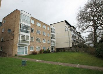 2 bed flat to rent in Westmoreland Road, Bromley, Kent BR2