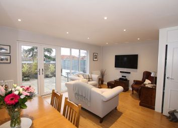 3 bed property for sale in High Street, Cranleigh GU6