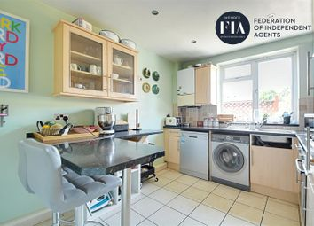 2 bed maisonette for sale in High Street, Brentford TW8