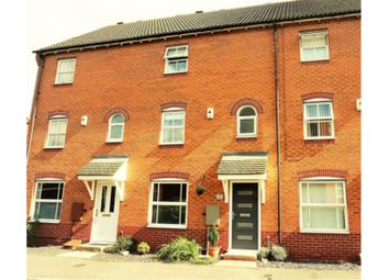 Thumbnail 4 bed town house for sale in Hercules Drive, Newark