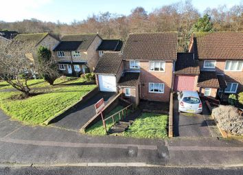 Thumbnail 3 bed link-detached house for sale in Hollingbourne Crescent, Tollgate Hill, Crawley, West Sussex