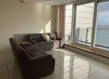 2 bed flat to rent in Caldey Island House, Prospect Place, Cardiff Bay CF11