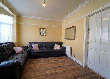 James Avenue, Dagenham RM8. 2 bed terraced house