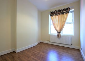 Thumbnail 1 bed flat to rent in 84 Walworth Road, London