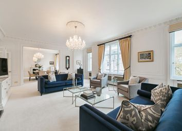 3 bed flat for sale in Mansfield Street, London W1G