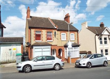 Thumbnail Property for sale in Russell Rise, Luton, Bedfordshire
