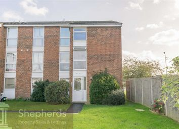 Thumbnail 2 bed flat for sale in Clyfton Close, Broxbourne, Hertfordshire